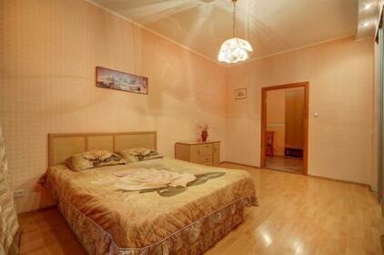 Na Chernyishevskogo Apartaments