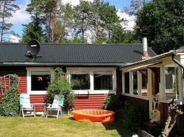 Four-Bedroom Holiday home in Orkelljunga