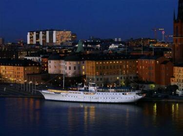 Malardrottningen Yacht Hotel & Restaurant