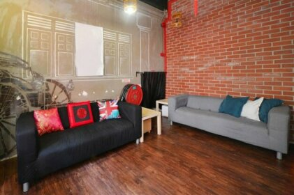 RedDoorz Hostel near Chinatown MRT
