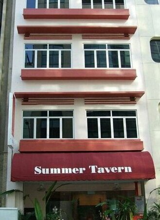 Summer Tavern Hostel Singapore