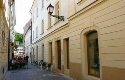 Apartment Hotel Michalska Bratislava