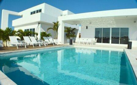 Villa Sundra 7 BR