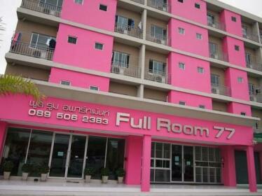 Full Room 77