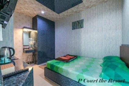 P Court The Resort