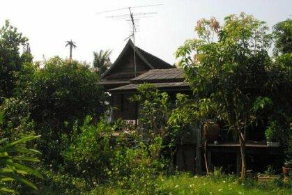 Thai House Pathum Thani