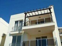 2 Br Apartment Sleeps 6 - Tvl 3783
