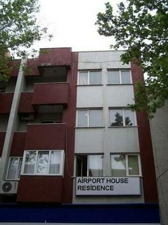 Airport House