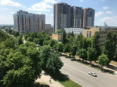 Modern Apartment with Panoramic View near Metro 23August