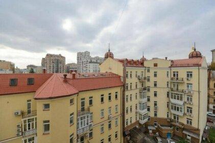 Apartments on Malaya Zhytomirskaya street Kiev