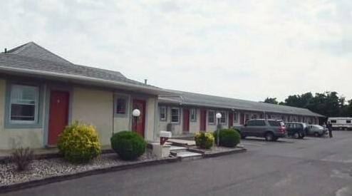 Taffy Motel
