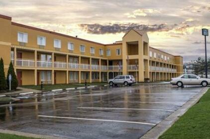 Copley Inn & Suites