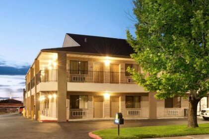 Days Inn by Wyndham Albuquerque West