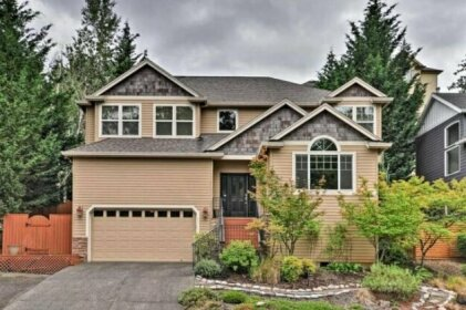 Large Upscale Beaverton Home 14 Miles to Portland