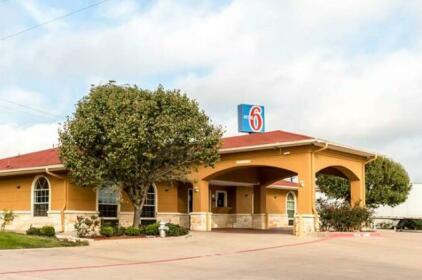 Motel 6 Alvarado TX