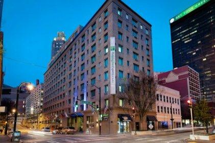 Holiday Inn Express & Suites - Atlanta Downtown