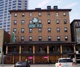 Irish Pub and Inn