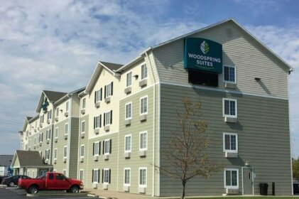 WoodSpring Suites Cleveland Avon