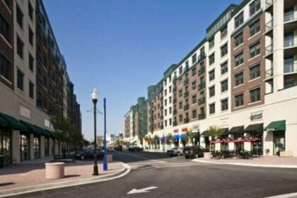 Global Luxury Suites at Whetstone Way