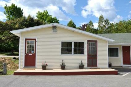 Gallagher's Travels Bar Harbor Motel & Cabins