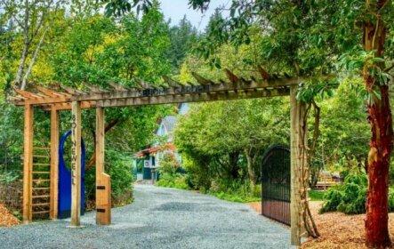 Sehome Garden Inn