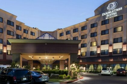 DoubleTree Suites by Hilton Bentonville