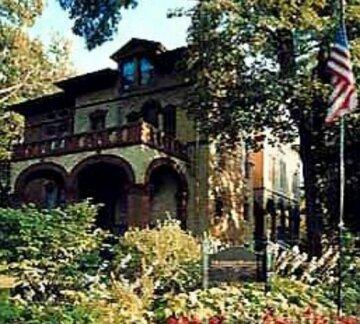 Vrooman Mansion Bloomington