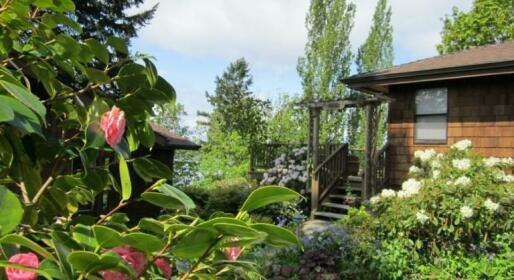 Soundview Cottage B&B