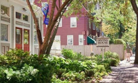 Irving House at Harvard