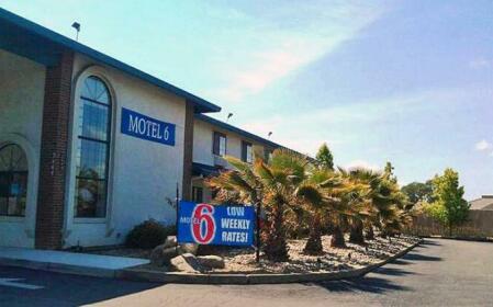 Motel 6 Cameron Park
