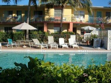 Hideaway Waterfront Resort & Hotel