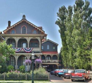 John Wesley Inn & Carriage House