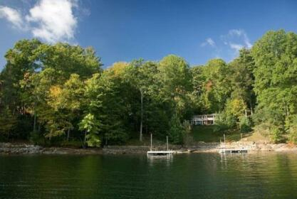 The Lakehouse at Katie Camp