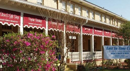 Cassadaga Hotel and Spiritual Center