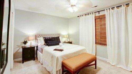 3 Bedroom Polk Street