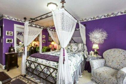 Matthews Manor Bed & Breakfast