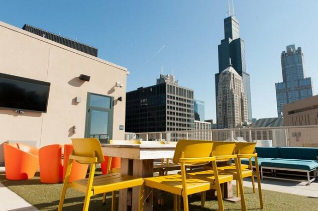 Bold 3BR in the Chicago Loop by Sonder- Photo2