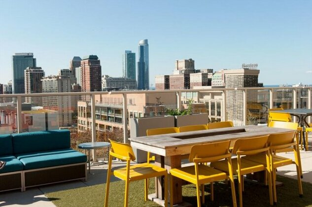 Bold 3BR in the Chicago Loop by Sonder- Photo3