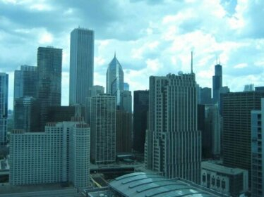 Chicago Downtown Condo - Michigan Ave Suite ID 14-15