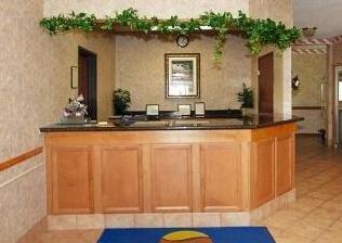 Comfort Inn Kenwood- Photo2