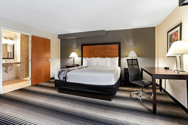 La Quinta by Wyndham Chicago - Lake Shore - Photo4