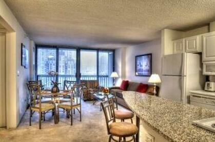 Manilow Suites One Superior Place Chicago