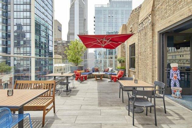 Virgin Hotels Chicago- Photo2