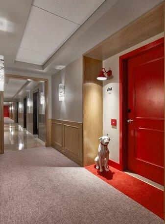 Virgin Hotels Chicago- Photo5