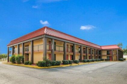 Econo Lodge Columbus Columbus Mississippi