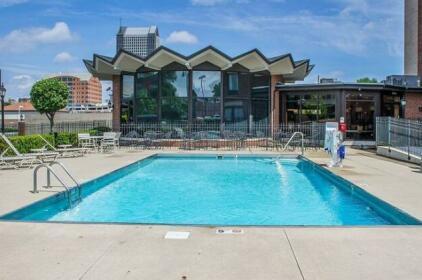 Holiday Inn Express - Columbus Downtown