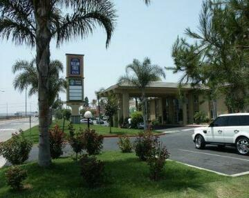 Willow Tree Inn Los Angeles- near Stub Hub Center