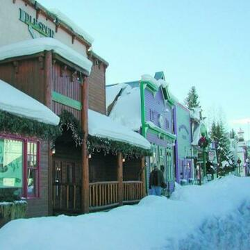 Slopeside Condominiums by Crested Butte Lodging