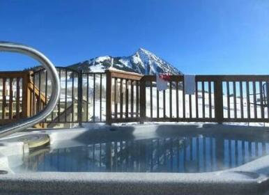 Snowcrest by Crested Butte Lodging