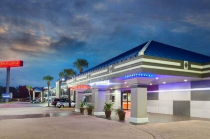 Travelodge by Wyndham Deltona